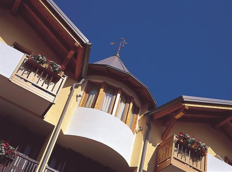 hotel_miralago_reception,4403.jpg?WebbinsCacheCounter=1