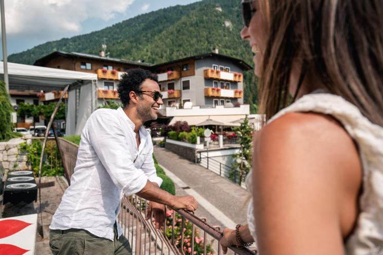 Hotel fontanella hotels and accommodations molveno products trentino servizi hotel lake - Creative home with beautiful panorama to provide total comfort living ...