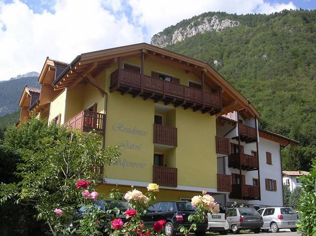 skiarea-dolomiti-paganella-impianti-sci,5357.jpg?WebbinsCacheCounter=1